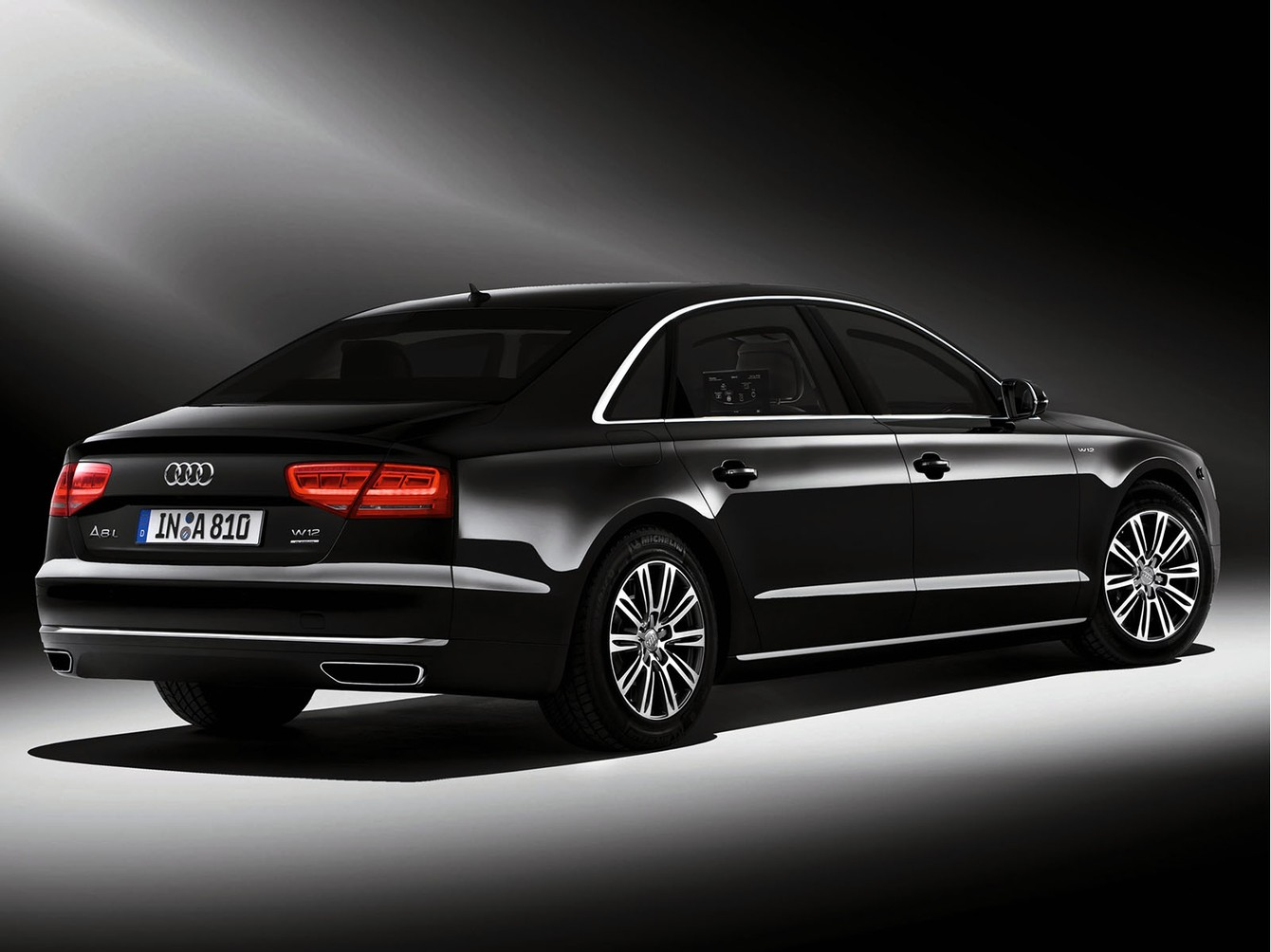 2019 Audi A8 L Security photo - 2