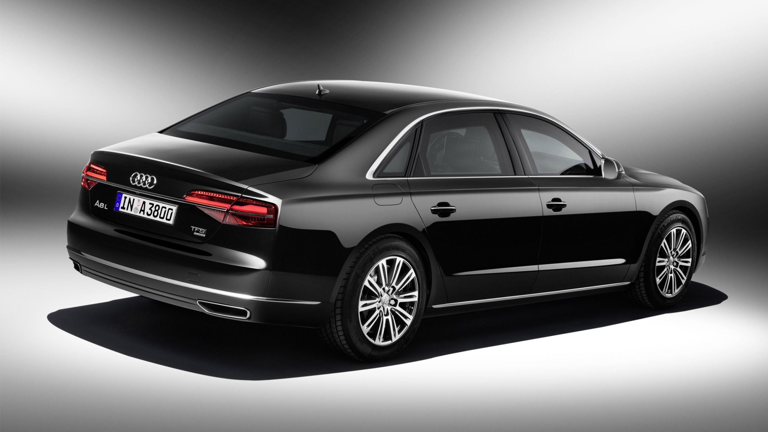 2019 Audi A8 L Security photo - 5