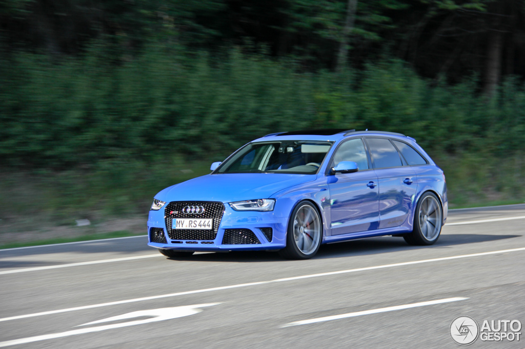 2019 Audi RS4 Avant Nogaro selection photo - 4