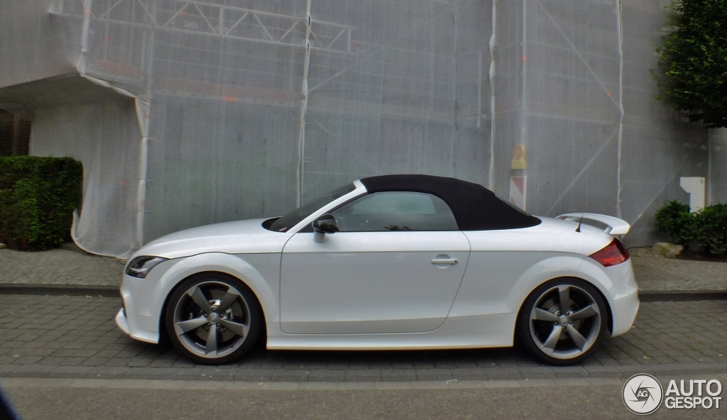 2019 Audi TT RS Roadster photo - 3