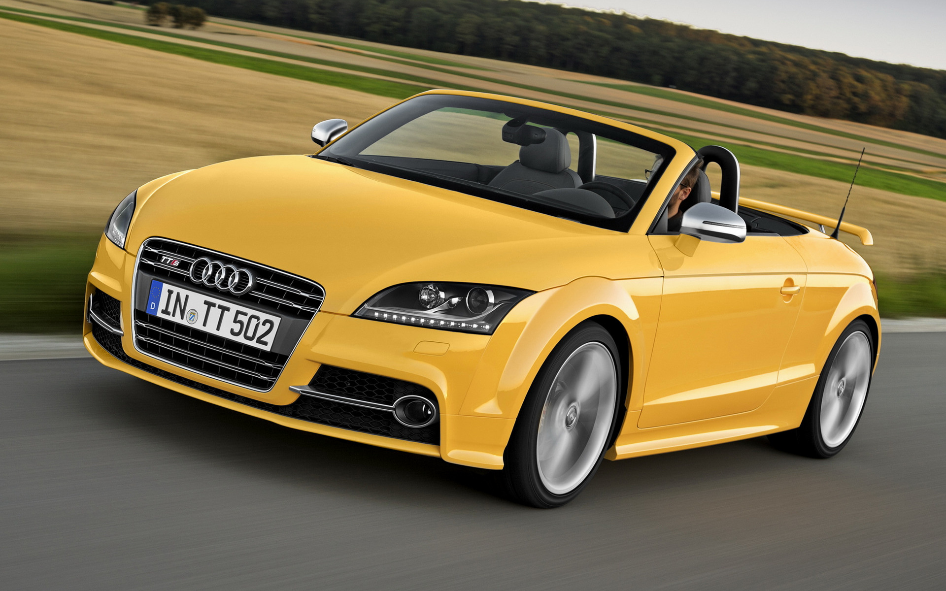 2019 Audi TTS Roadster competition photo - 3