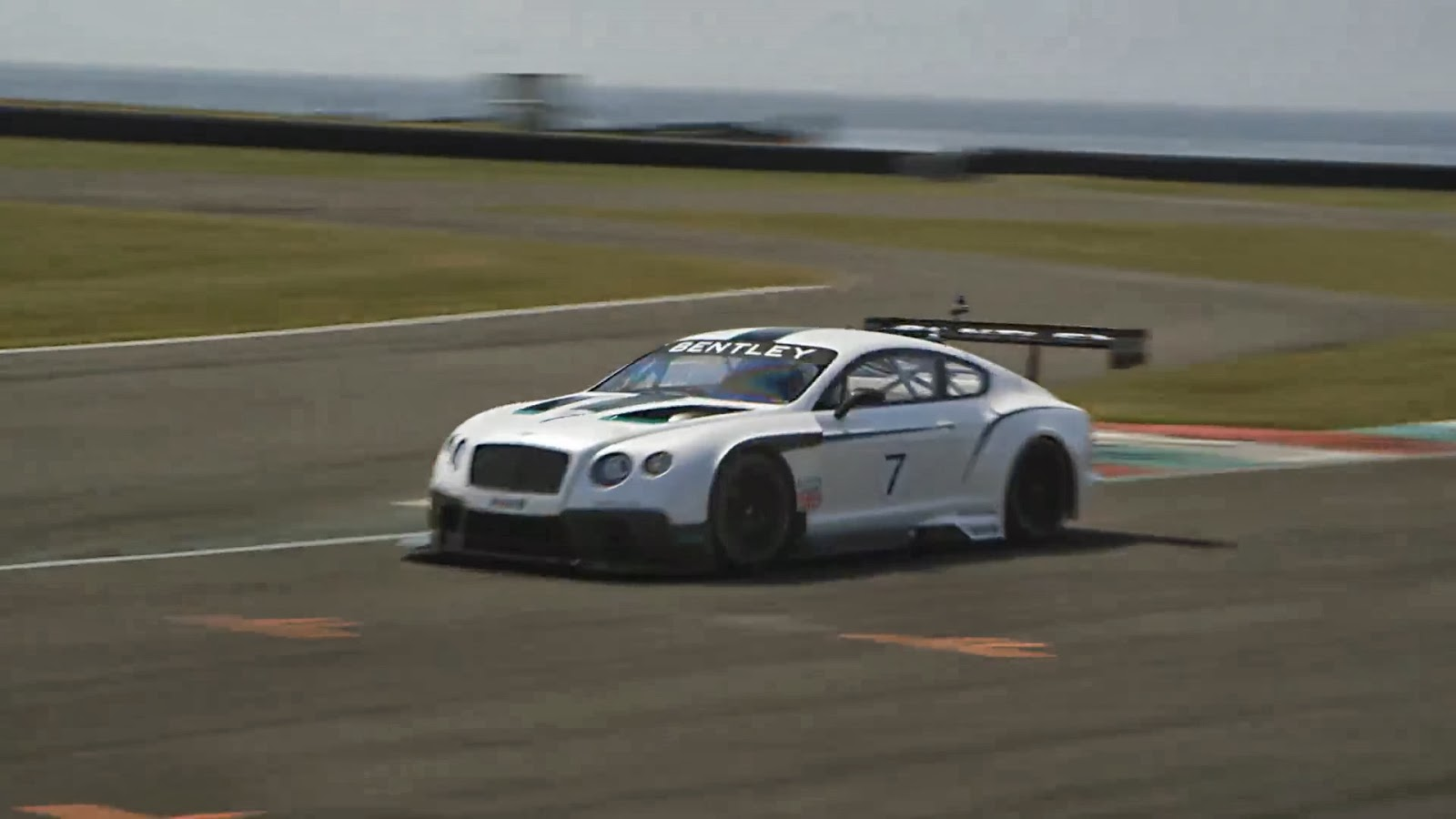 2019 Bentley Continental GT3 Racecar photo - 1