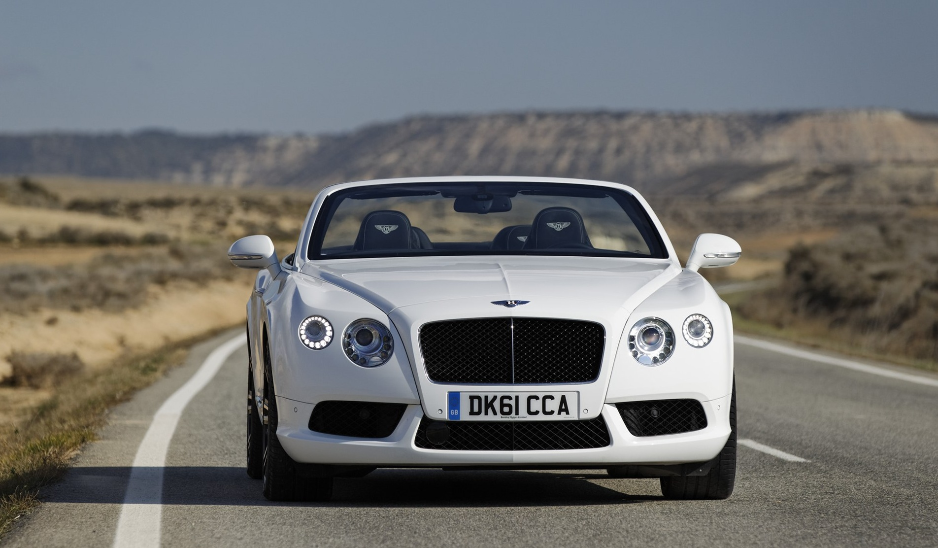 2019 Bentley Continental GTC photo - 2