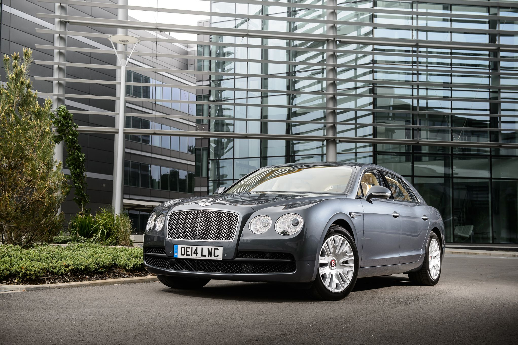 2019 Bentley Mulsanne photo - 2
