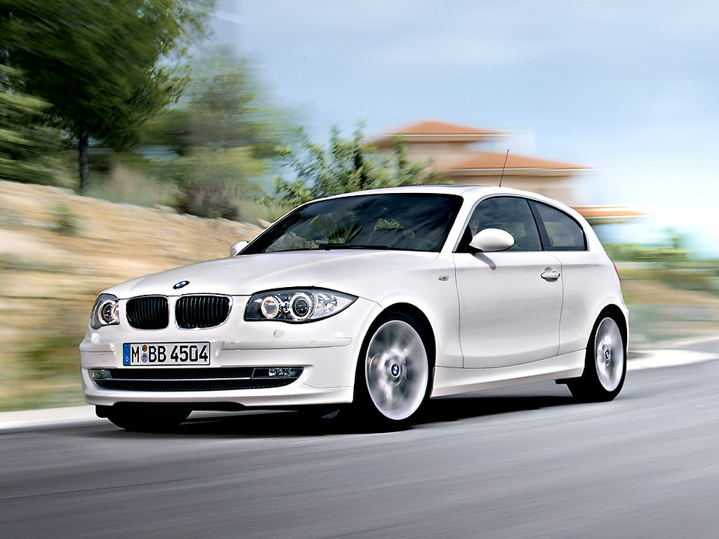 2019 BMW 1 Series 3 door photo - 2