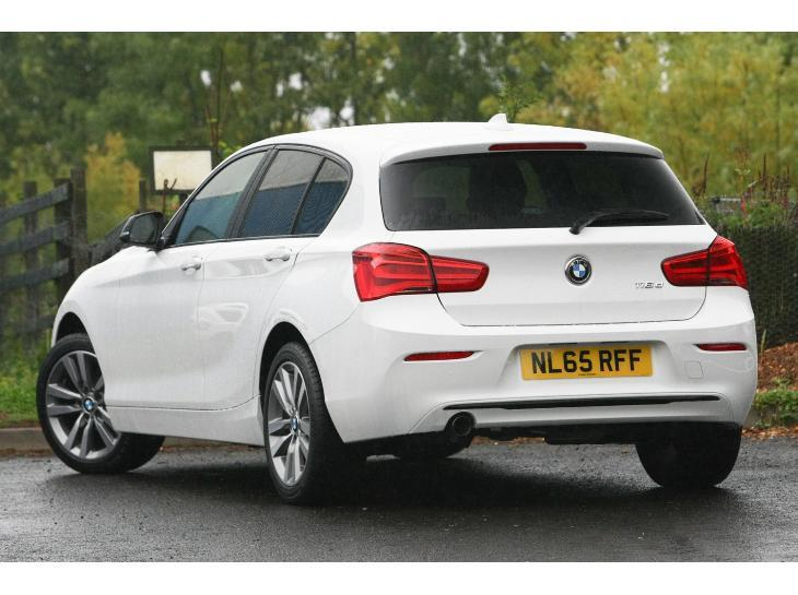 2019 BMW 1 Series 5 door photo - 5
