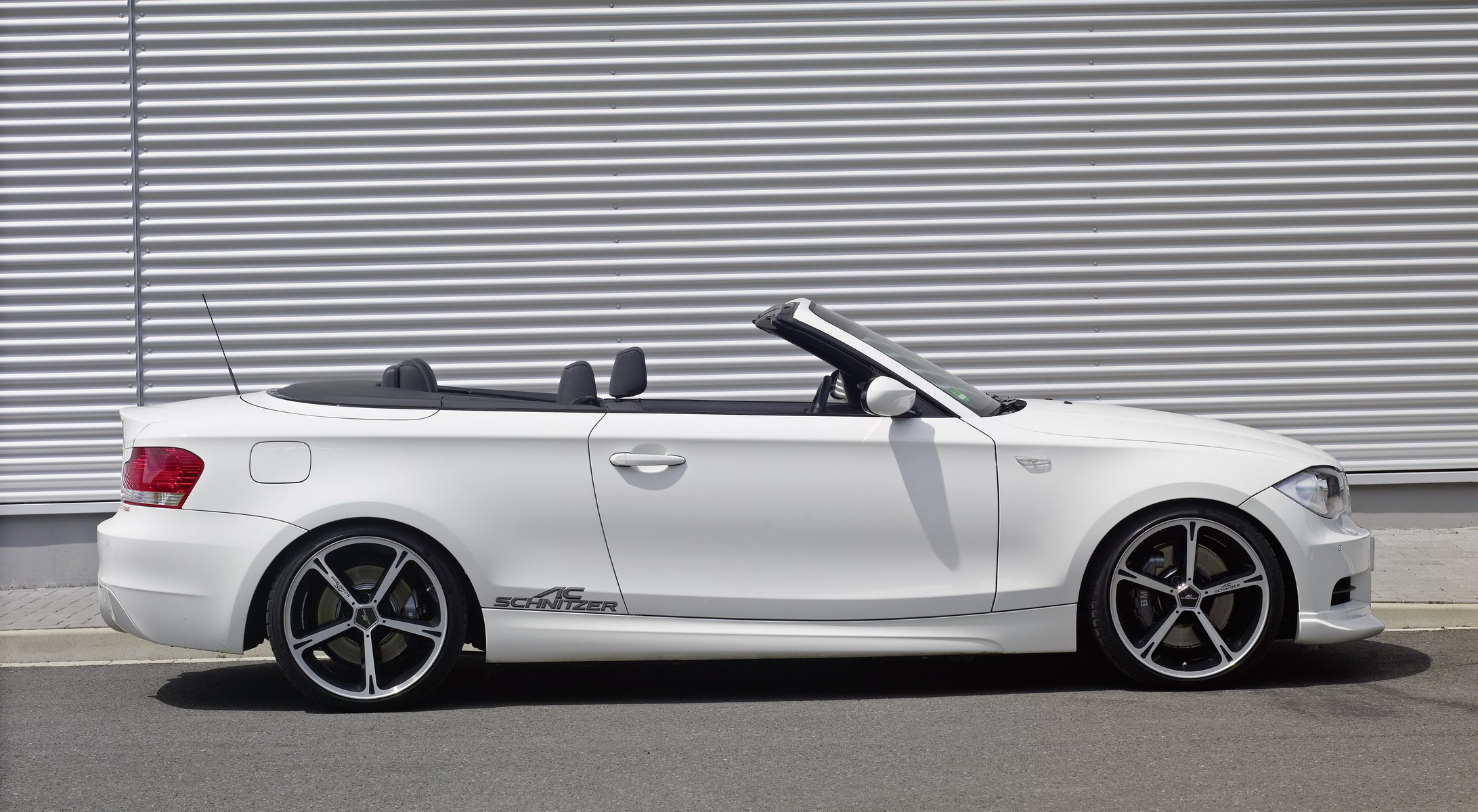 2019 BMW 1 Series Cabrio photo - 5