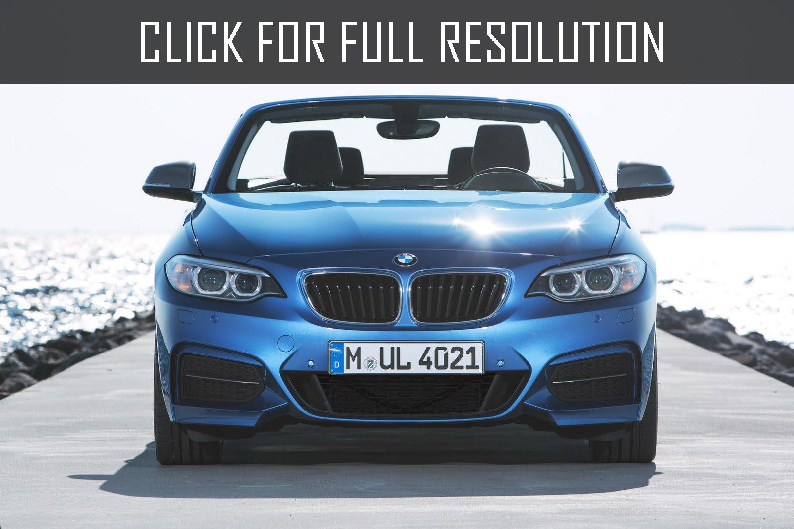 2019 BMW 1 Series Convertible photo - 3