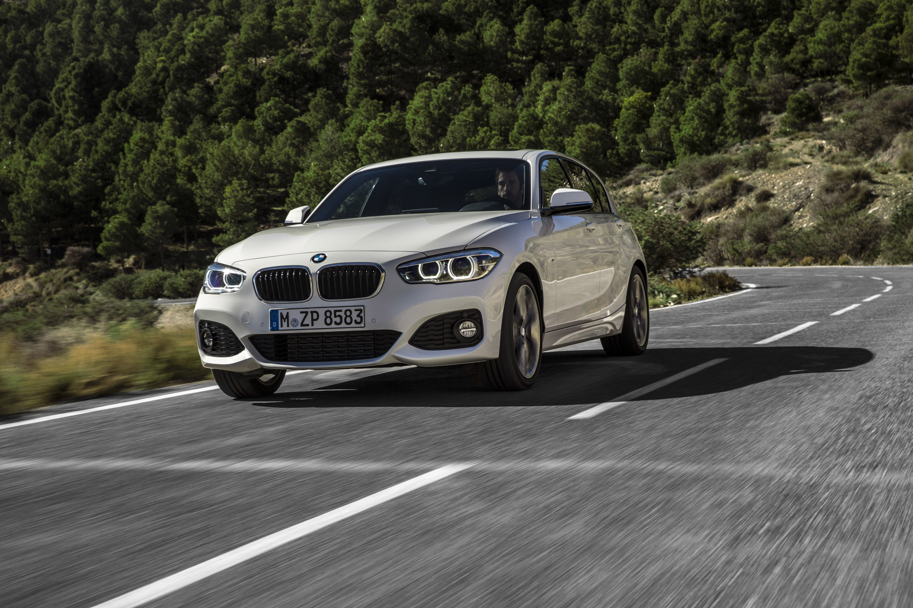 2019 BMW 1 Series Range photo - 4