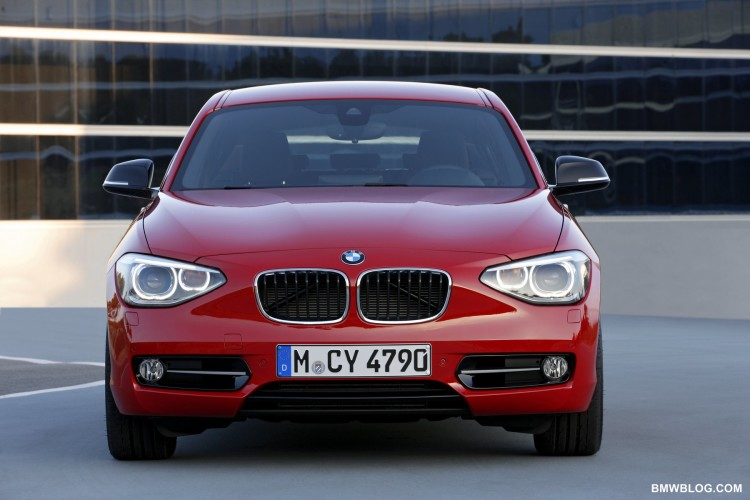 2019 BMW 1 Series Sport Line photo - 5