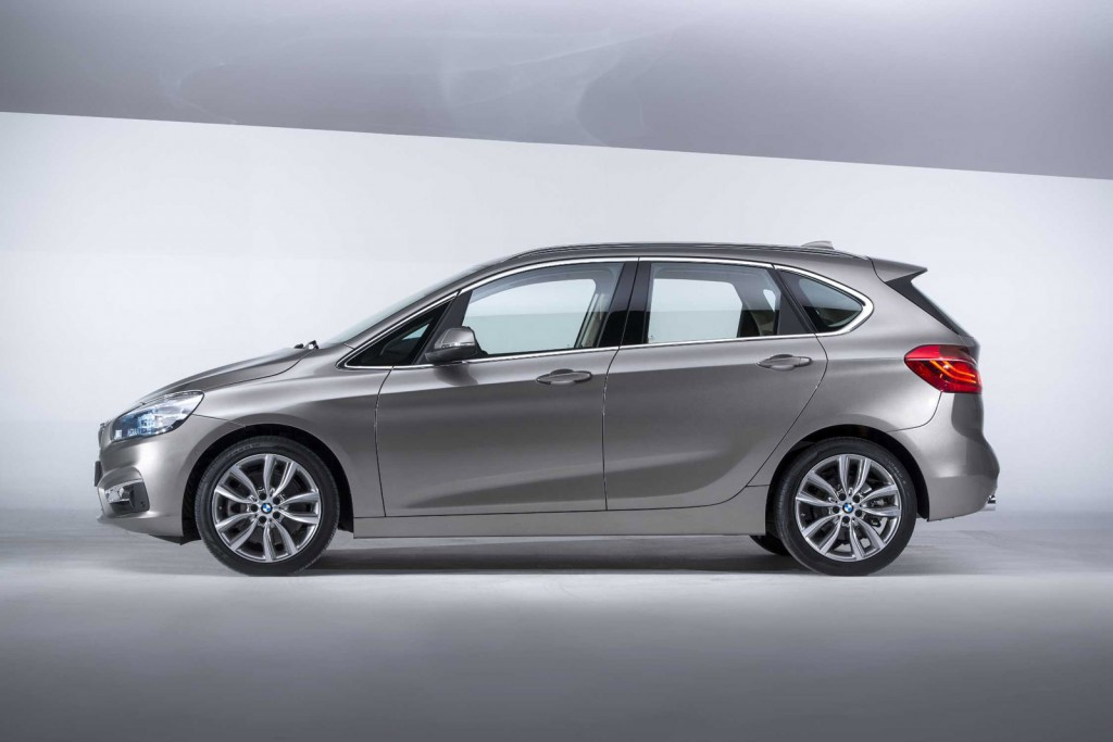 2019 BMW 2 Series Active Tourer photo - 3