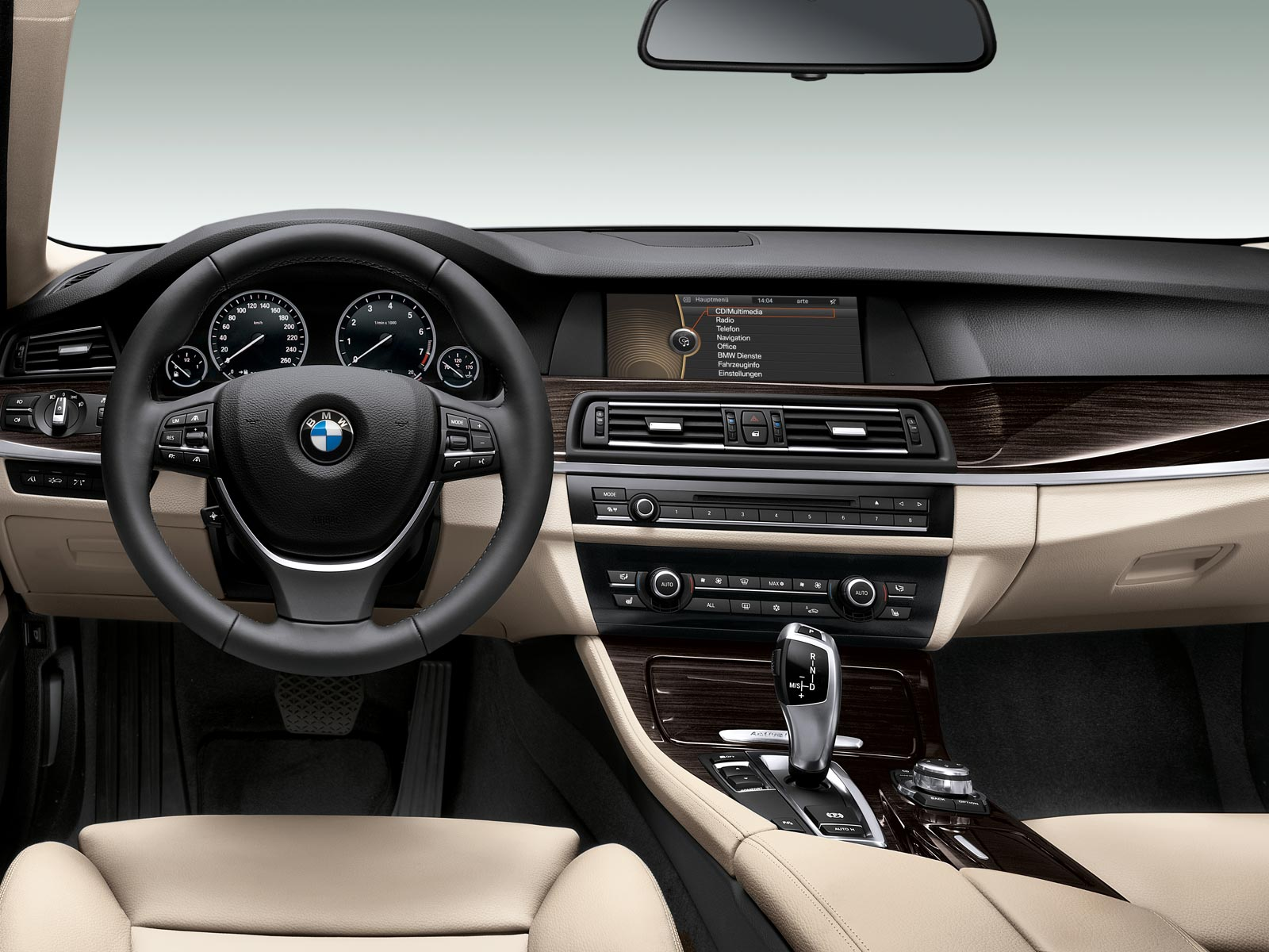 2019 BMW 3 ActiveHybrid photo - 3