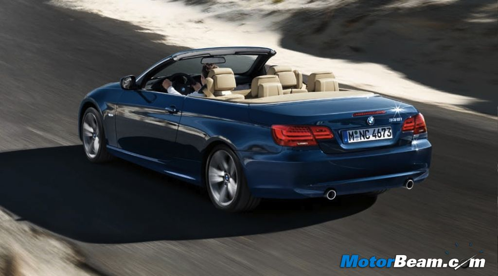 2019 BMW 3 Series Convertible photo - 3