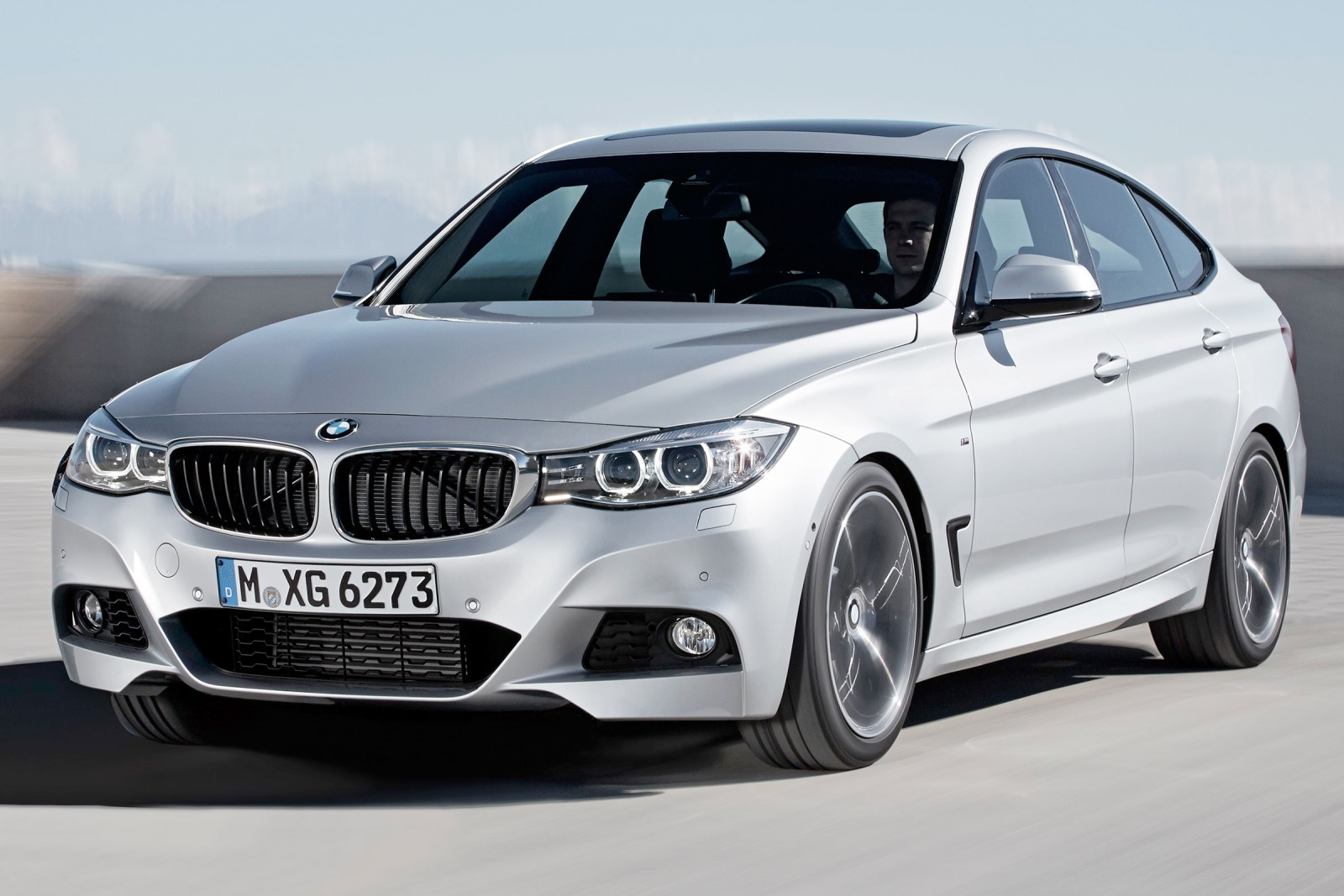 2019 BMW 3 Series Gran Turismo photo - 3