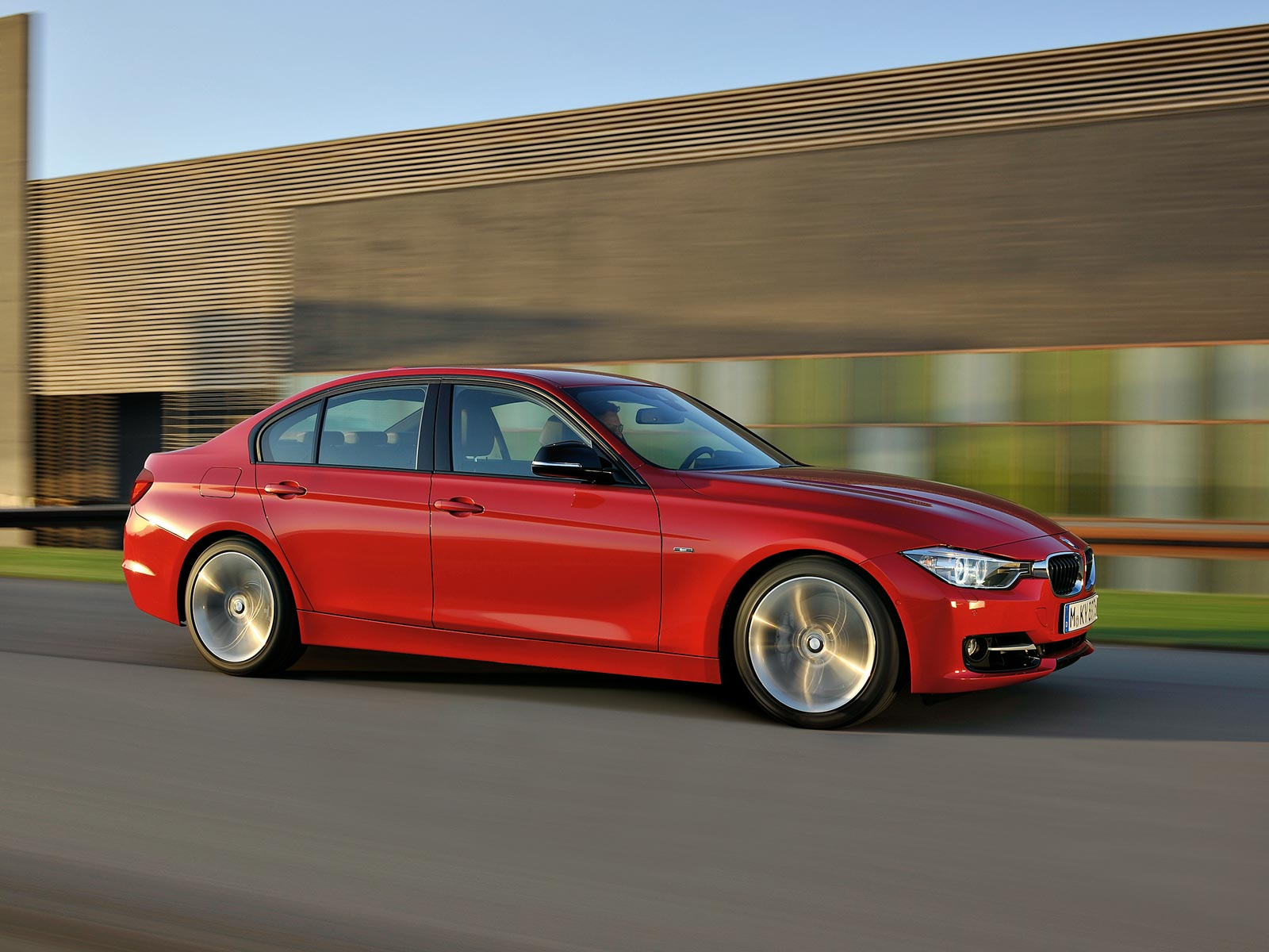 2019 BMW 320d EfficientDynamics photo - 5