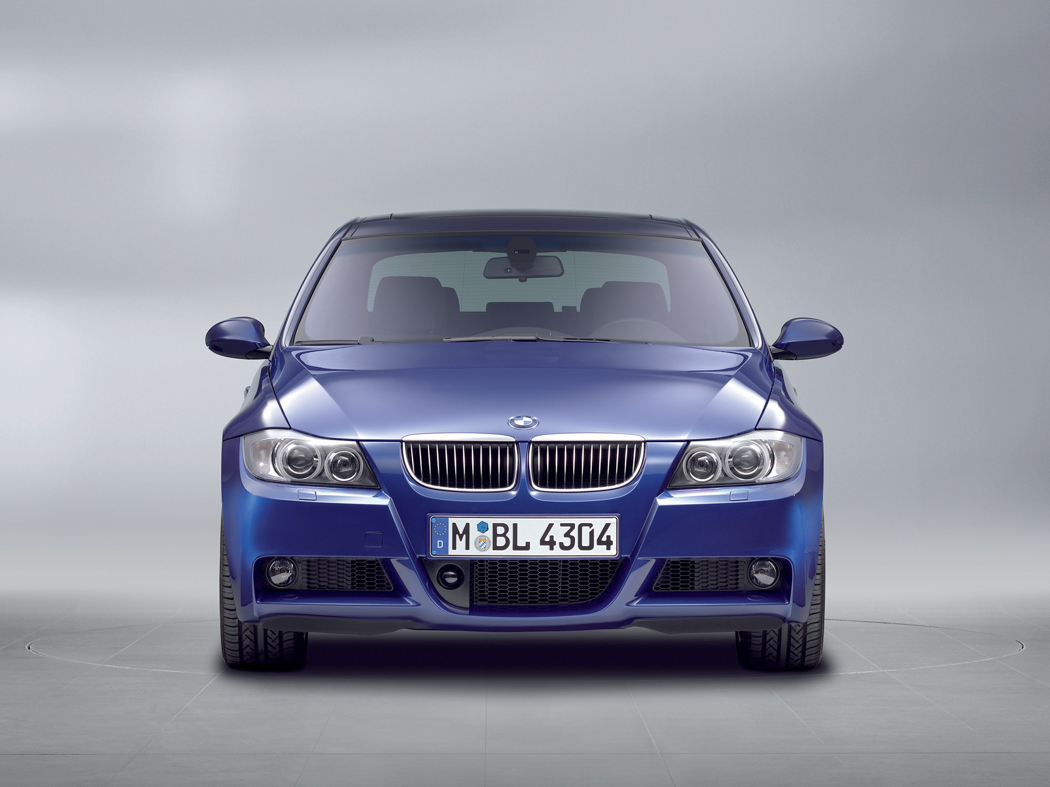 2019 BMW 330i M Package photo - 2