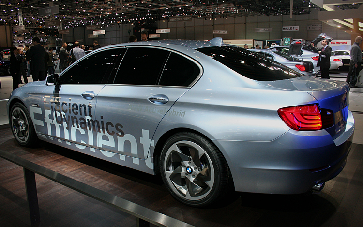 2019 BMW 5 Series ActiveHybrid Concept photo - 3