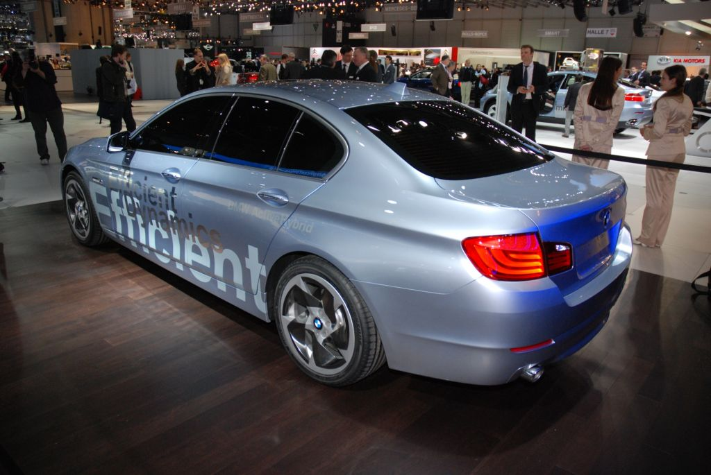 2019 BMW 5 Series ActiveHybrid Concept photo - 4