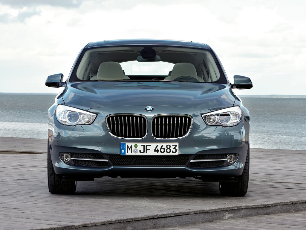 2019 BMW 5 Series Gran Turismo Concept photo - 4