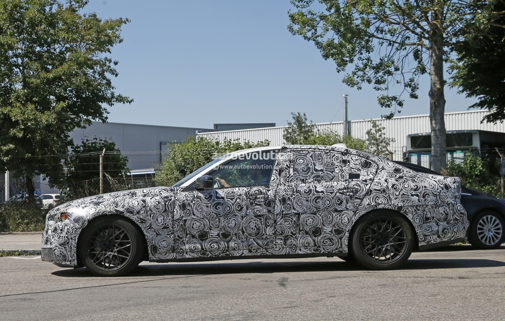 2019 BMW 5 Series Security photo - 5