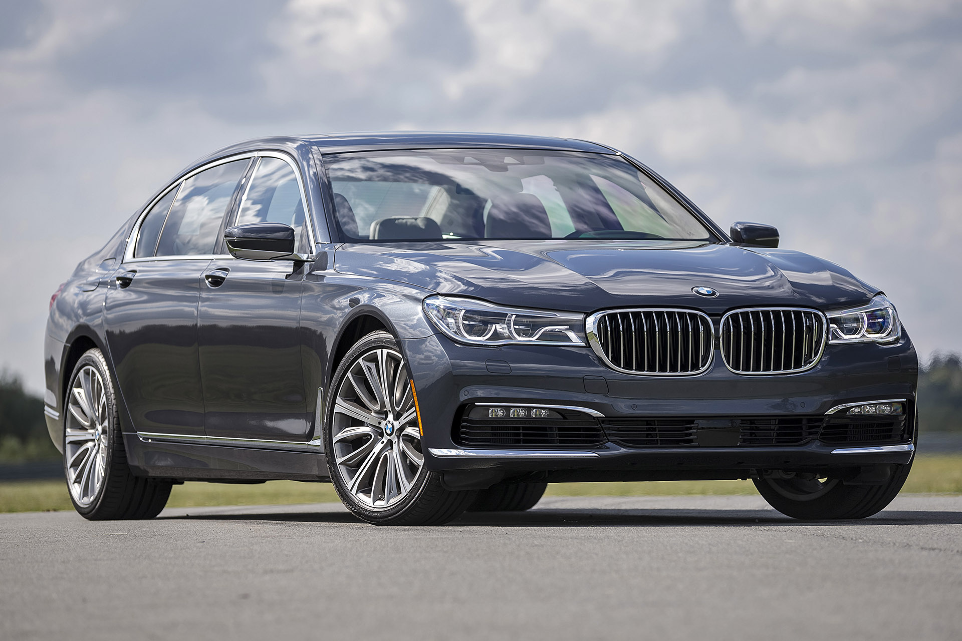 2019 BMW 7 Series photo - 5