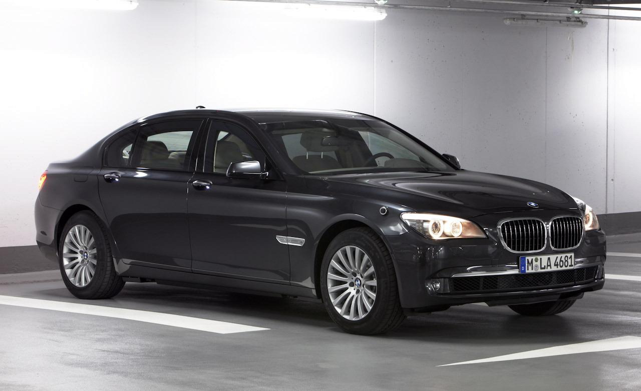2019 BMW 7 Series High Security photo - 2