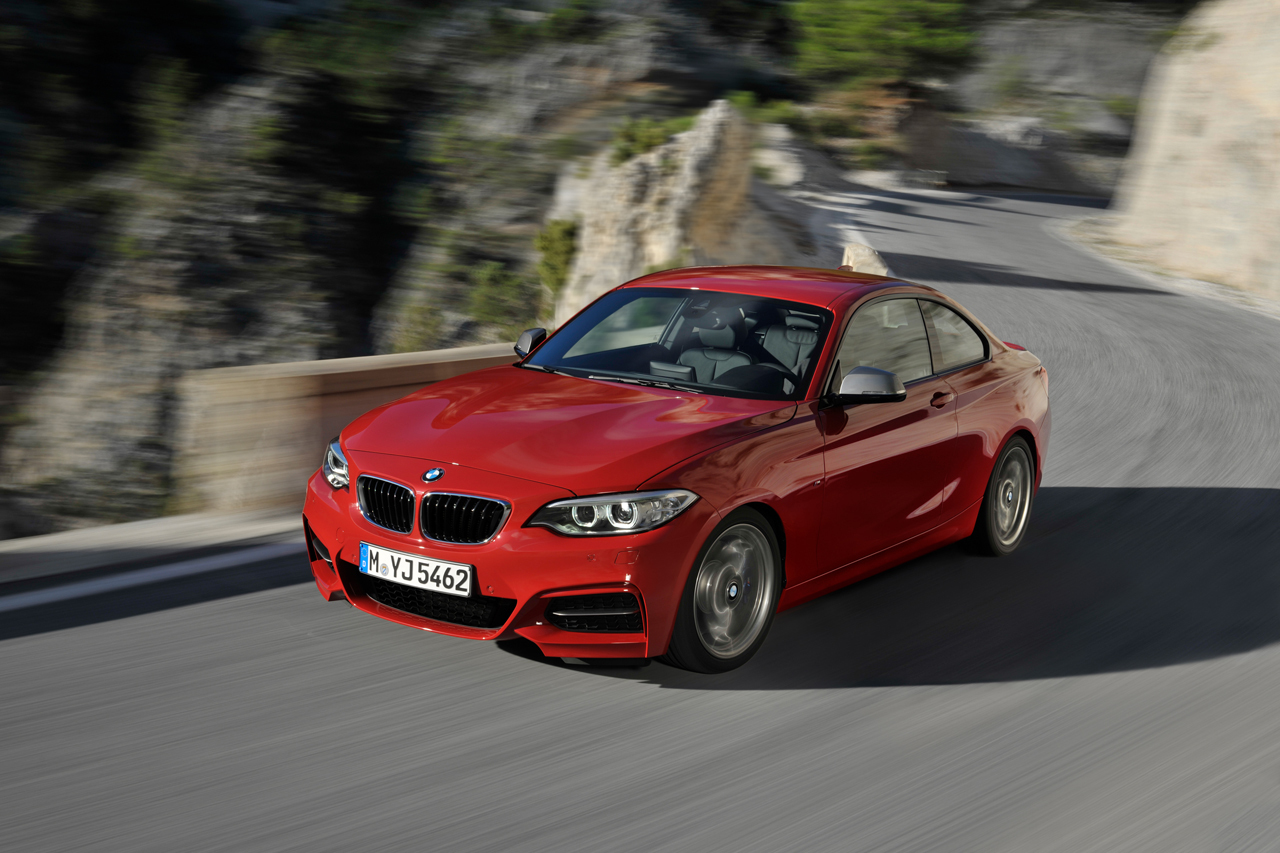 2019 BMW M235i Coupe photo - 1