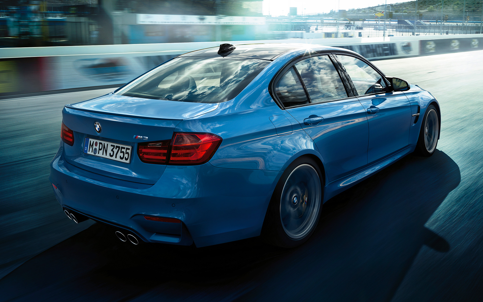 2019 BMW M3 Sedan US Version photo - 4
