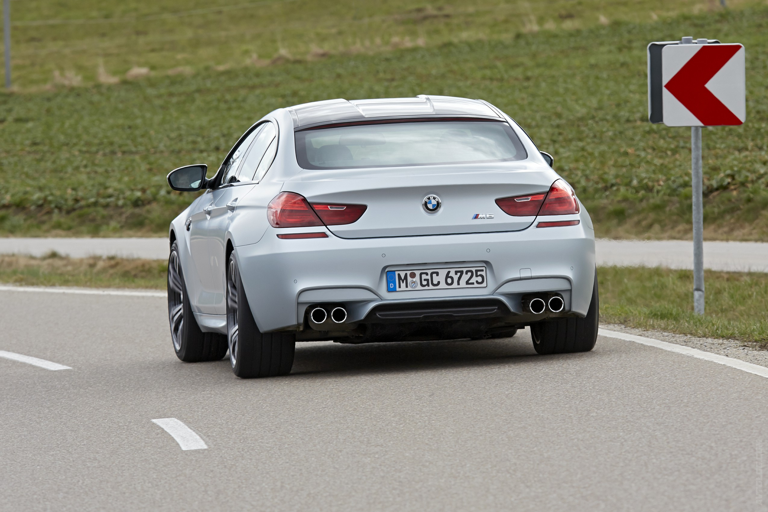 2019 BMW M6 Gran Coupe photo - 6