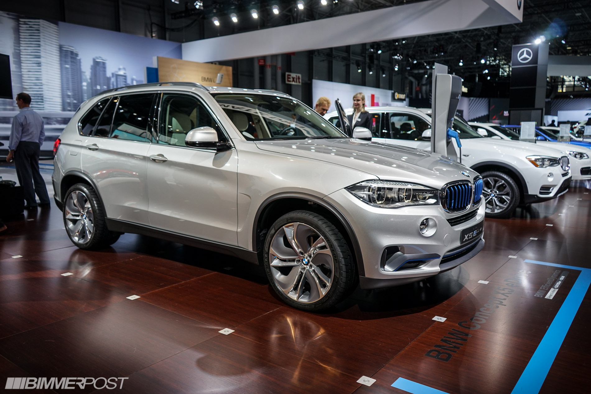 2019 BMW X5 eDrive Concept photo - 5