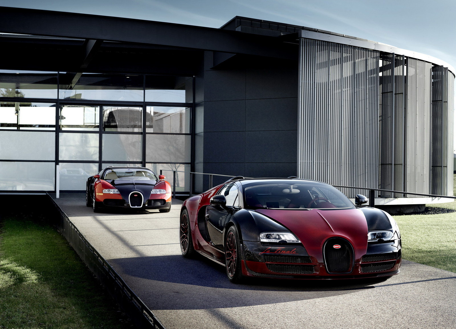 2019 Bugatti Veyron Grand Sport photo - 1