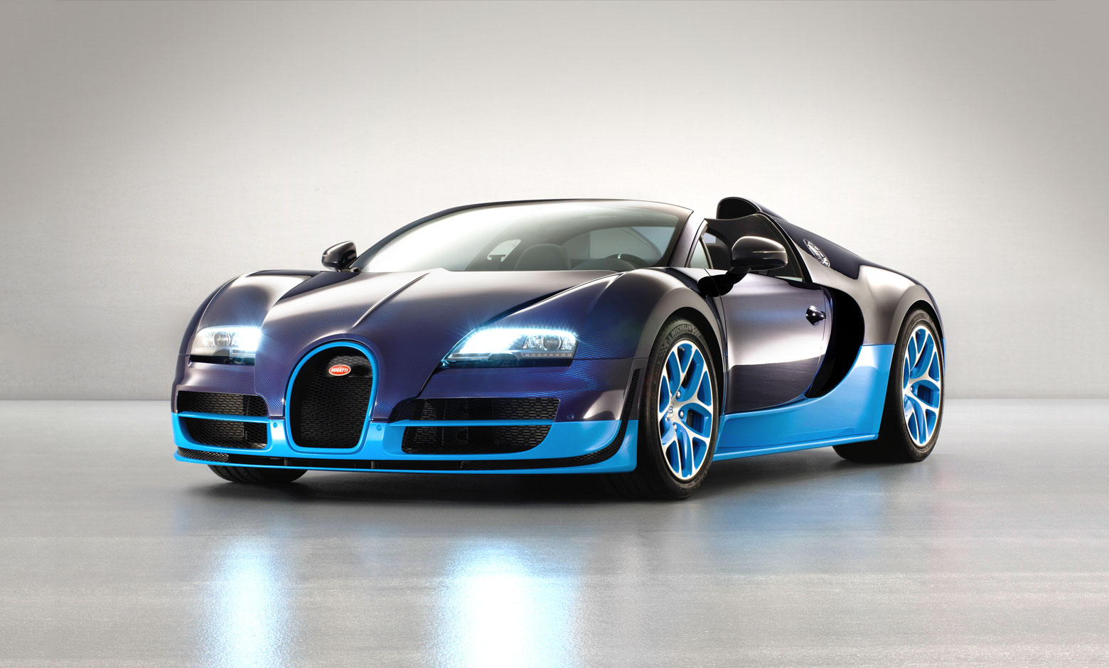2019 Bugatti Veyron Grand Sport Vitesse photo - 2