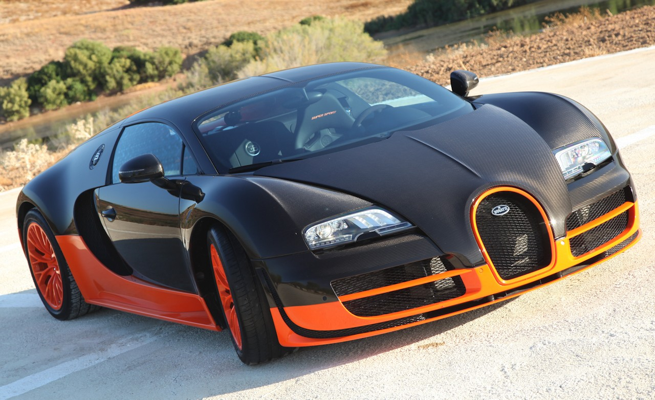 2019 Bugatti Veyron Super Sport photo - 1