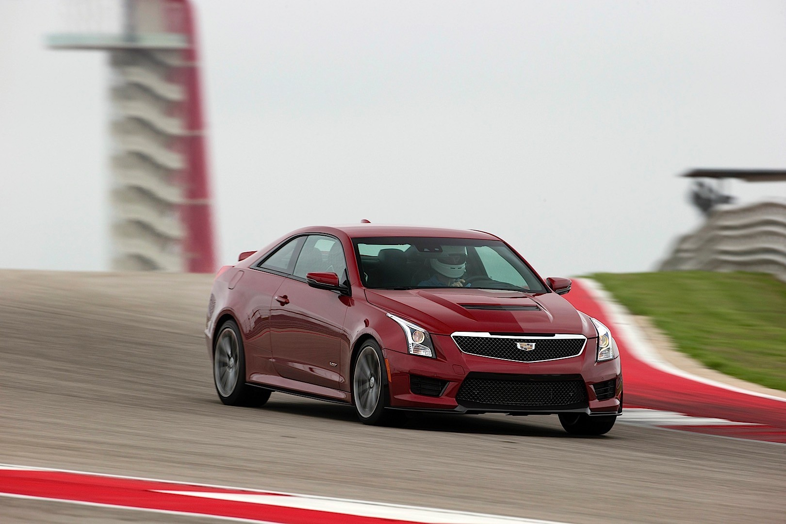 2019 Cadillac ATS V Coupe photo - 3