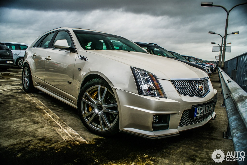 2019 Cadillac Cts V Sport Wagon Car Photos Catalog 2019