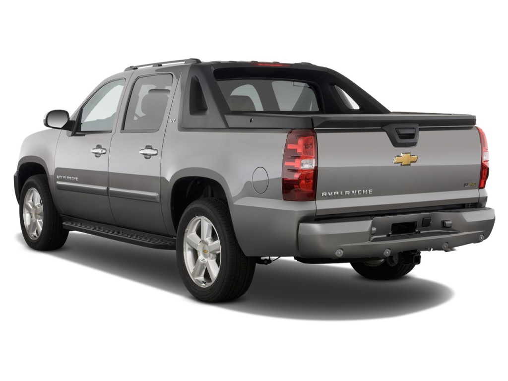 2019 Chevrolet Avalanche photo - 2