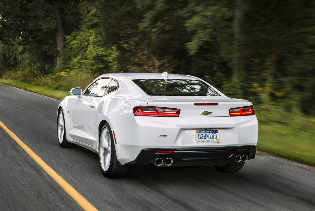 2019 Chevrolet Camaro Coupe photo - 1