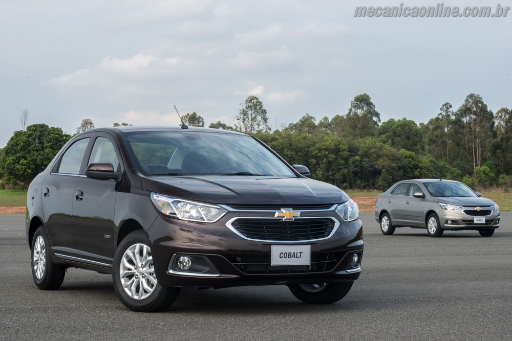 2019 Chevrolet Cobalt photo - 3