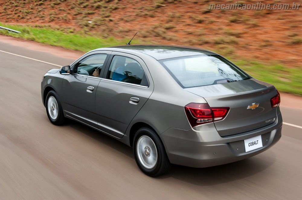 2019 Chevrolet Cobalt photo - 4