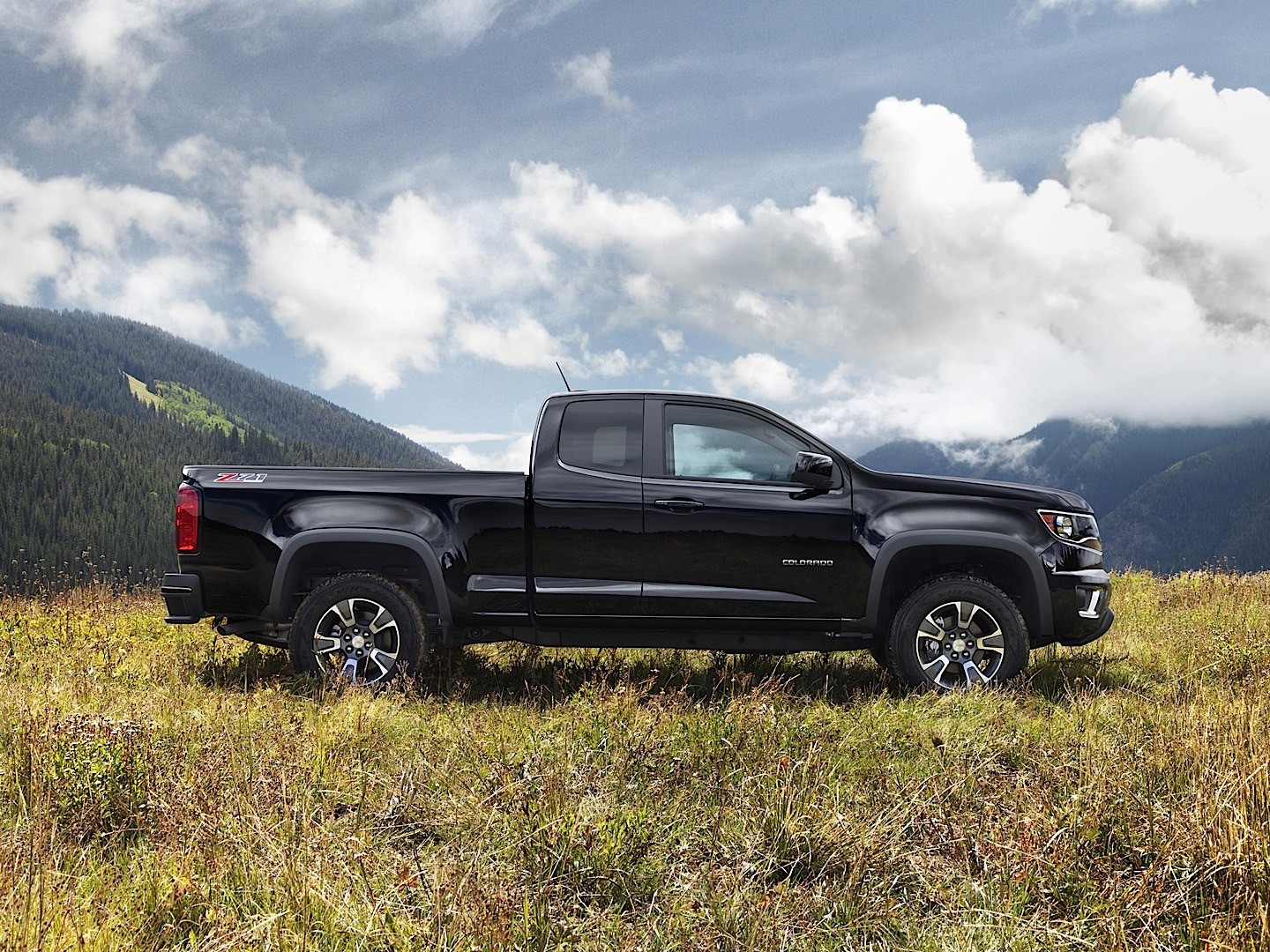 2019 Chevrolet Colorado Extended Cab photo - 5