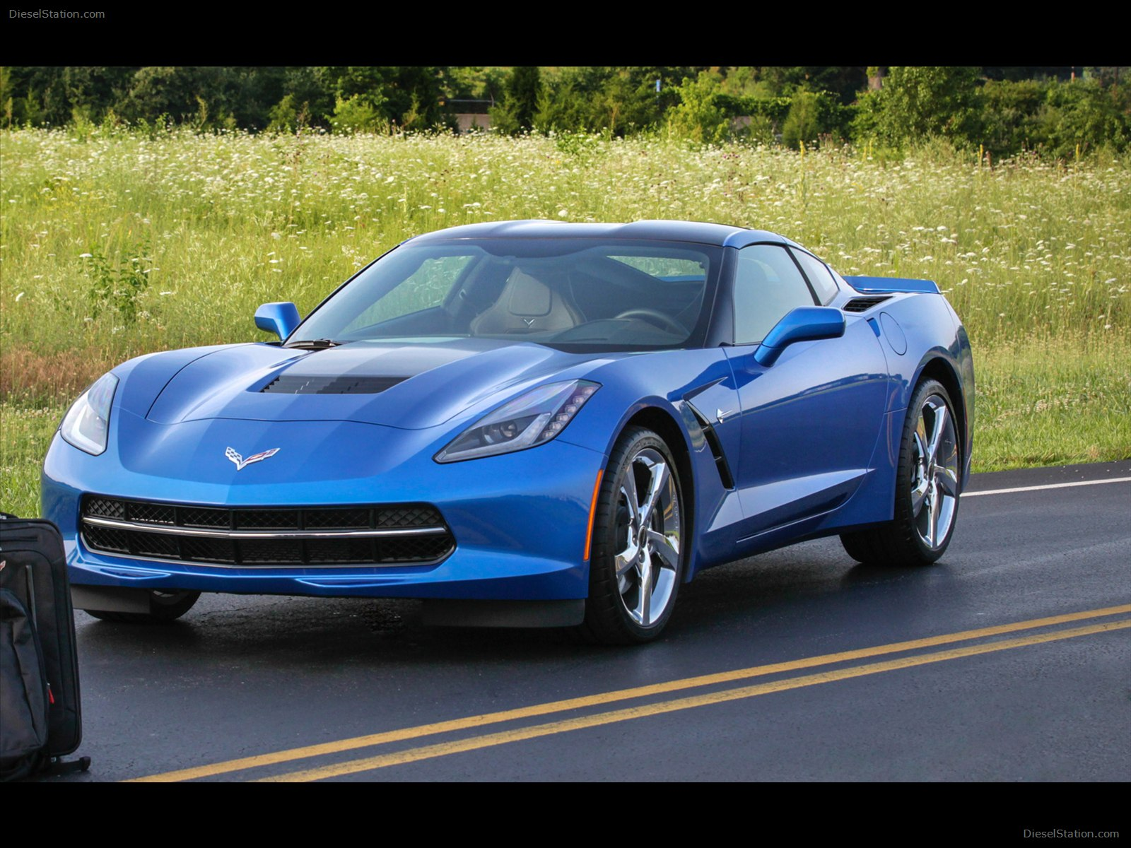 2019 Chevrolet Corvette Stingray Convertible EU Version photo - 3