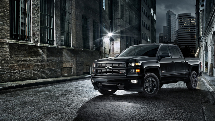 2019 Chevrolet Silverado Midnight Edition photo - 4