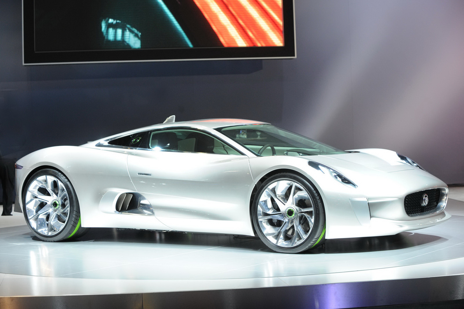 2019 Chevrolet Stingray Concept photo - 3