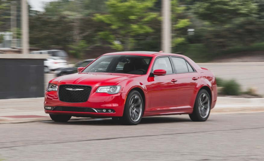 2019 Chrysler 300 Glacier photo - 3
