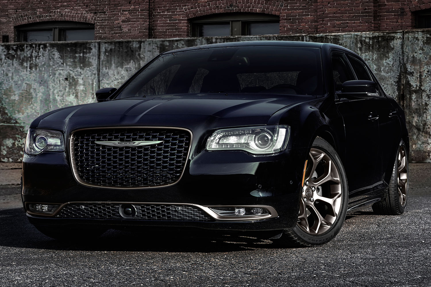 2019 Chrysler 300 Motown Edition photo - 3