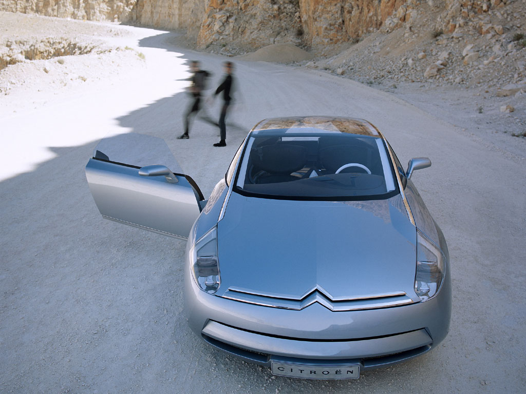2019 Citroen C Airdream Concept photo - 2