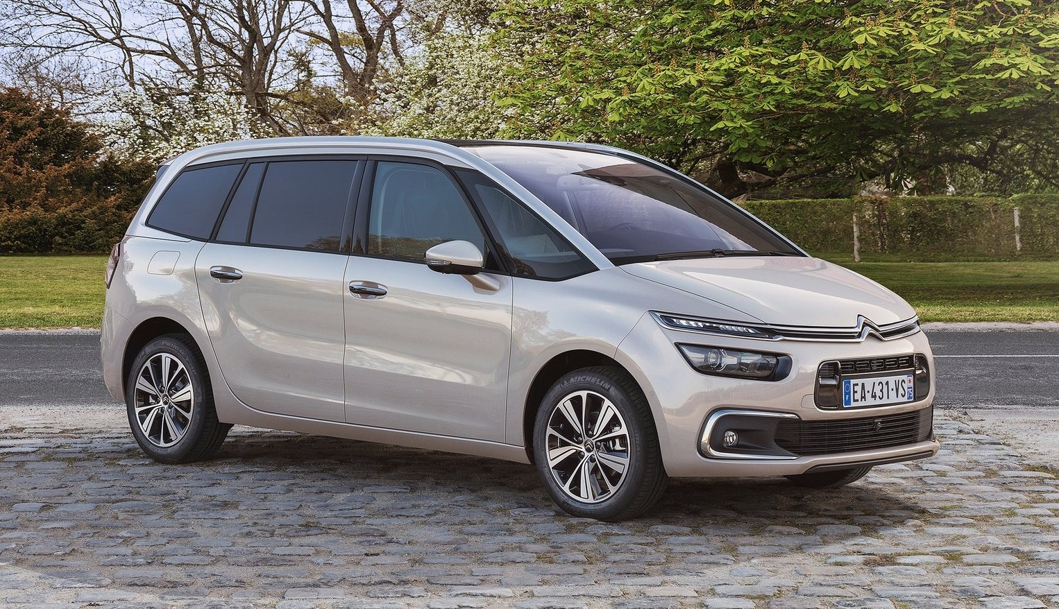 2019 Citroen C4 Aircross photo - 2