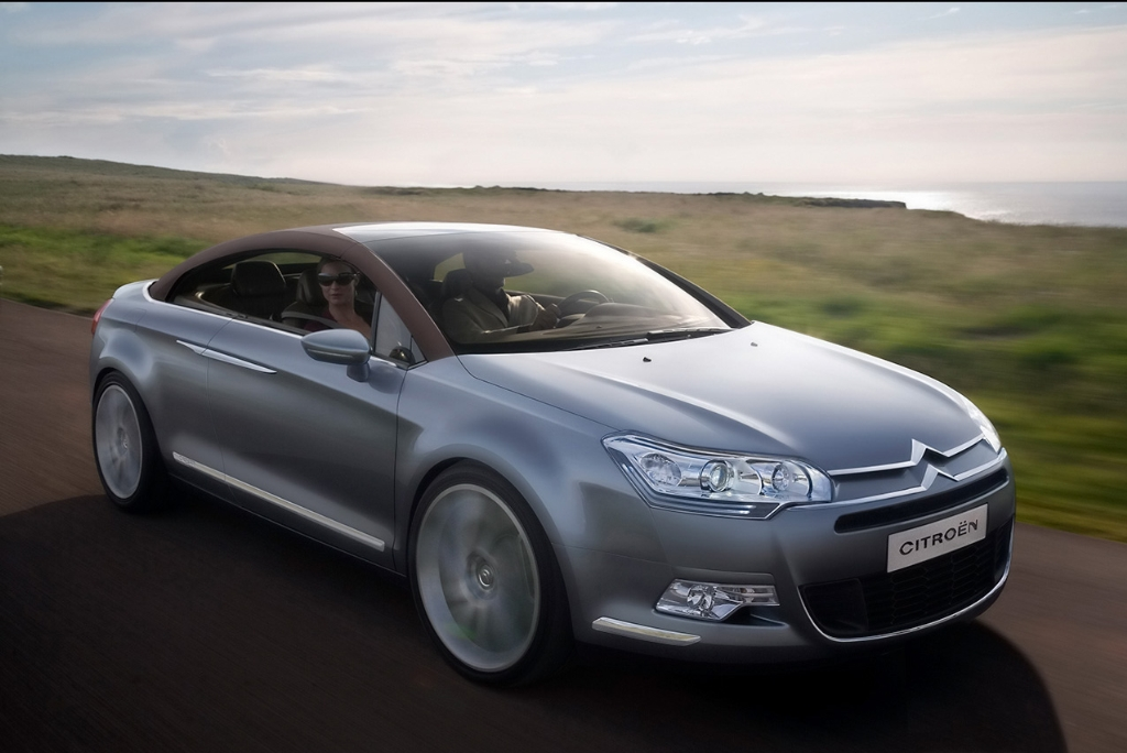 2019 Citroen C5 Airscape Concept photo - 6
