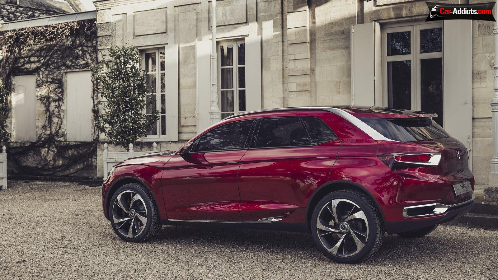 2019 Citroen DS Wild Rubis Concept photo - 1