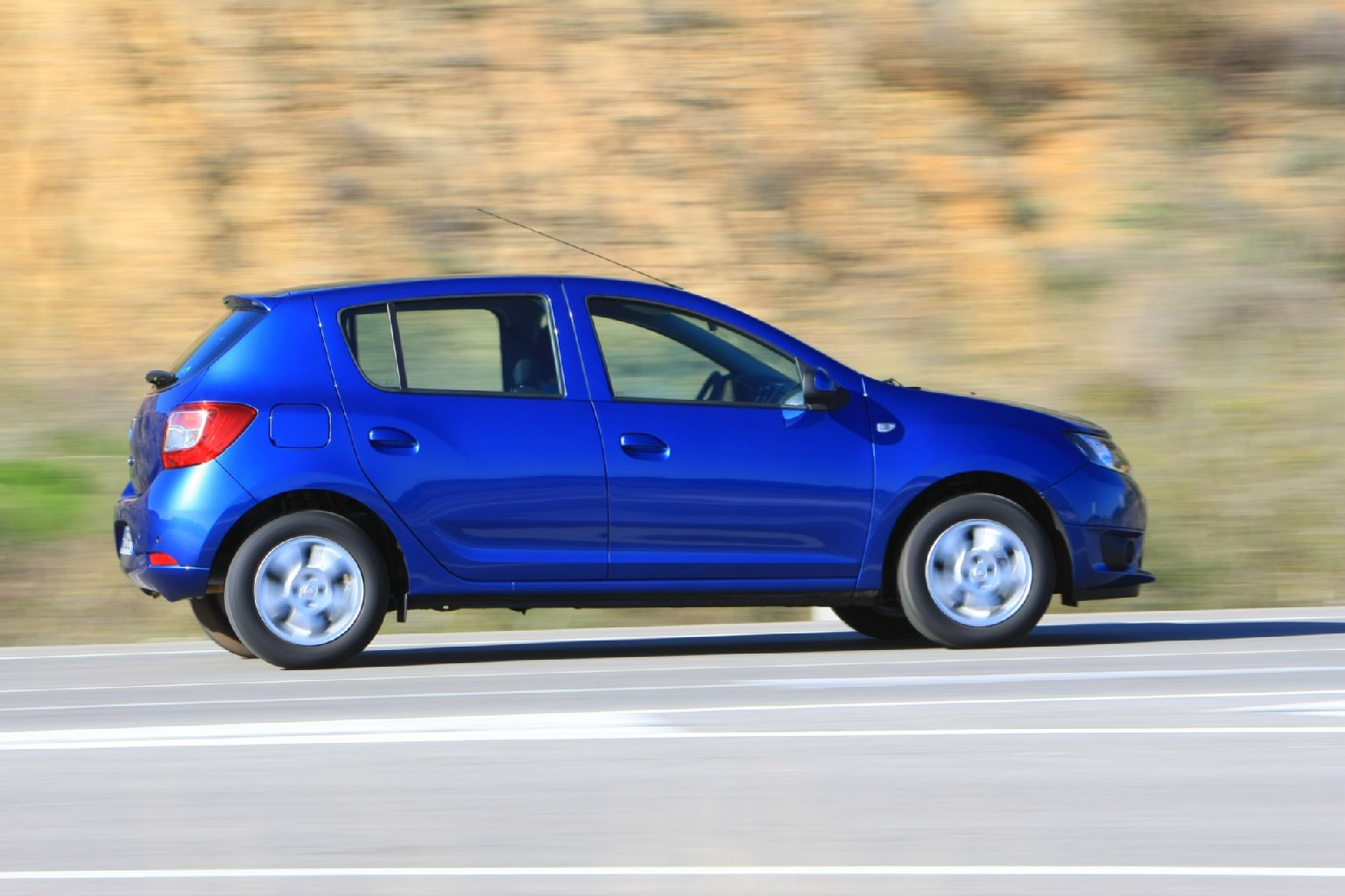 2019 Dacia Logan photo - 4